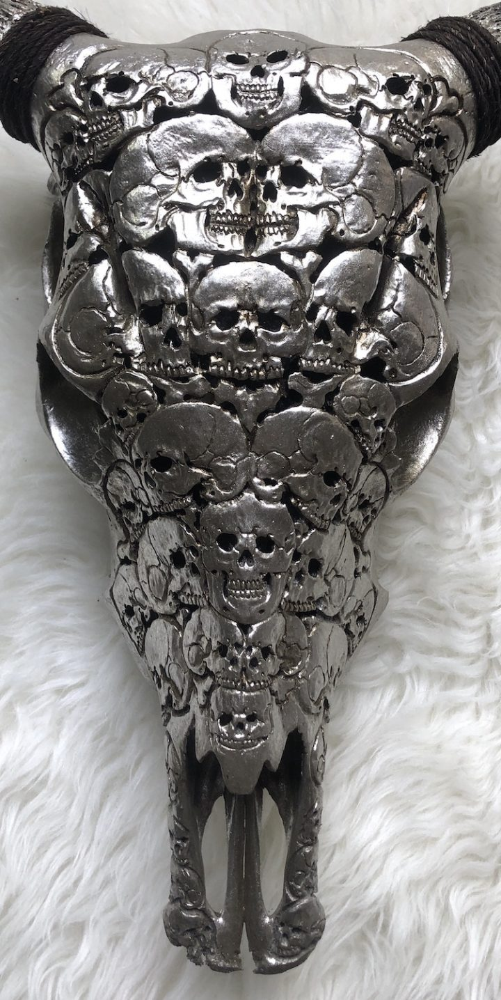 Cow Skulls Silver Antique – 2 items CN9 720x1436